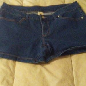 Faded Glory woman's shorts